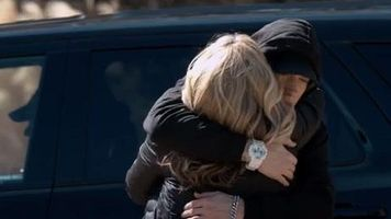 Eminem estren� video clip dedicado a su mam�