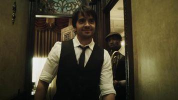 Luis Fonsi est� de estreno '8' y se va de gira con el 'Coraz�n en la maleta'