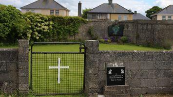 Hallan casi 800 esqueletos de beb�s en un antiguo convento