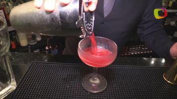 Cocteles con tequila: aprende a preparar una flor de sangre