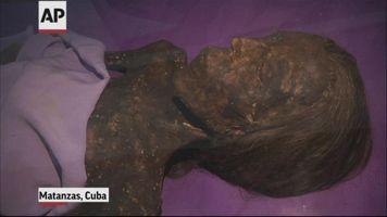 M�dico forense cubano mantuvo una momia en su casa por 25 a�os