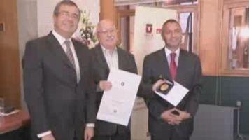 Silviano Santiago es galardonado con el Premio Iberoamericano Jos� Donoso