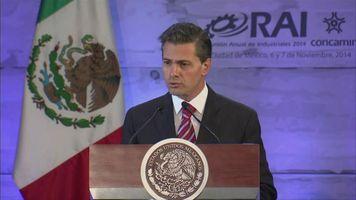 Pe�a Nieto promete justicia para desaparecidos