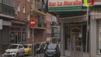 Un matrimonio colombiano regenta el bar de la loter�a espa�ola de Navidad