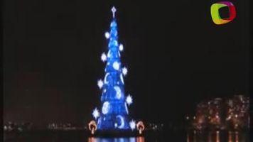 Encienden �rbol de Navidad flotante m�s grande del mundo