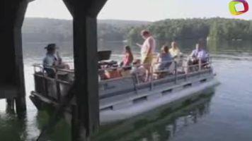 """Las """"misas flotantes"""" en los veranos del Lago Rabun"""