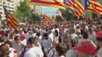 Cientos de miles de personas claman por la independencia en el D�a Nacional Catal�n