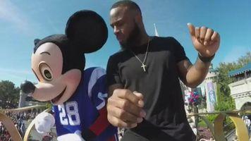Con la magia de Disney World, James White de los Patriots celebró victoria en el Super Bowl