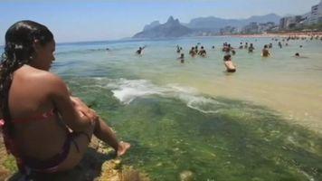 Contaminación, enemigo número uno de las playas en Brasil